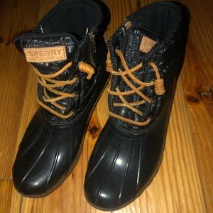 Black sperry rain boots